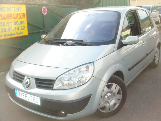 RENAULT Scenic 1.9 dCi 105ch Expression 123000km