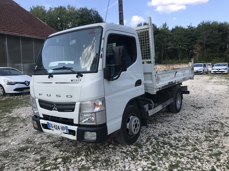 FUSO Canter Benne 3S13 Empattement 25 75540km